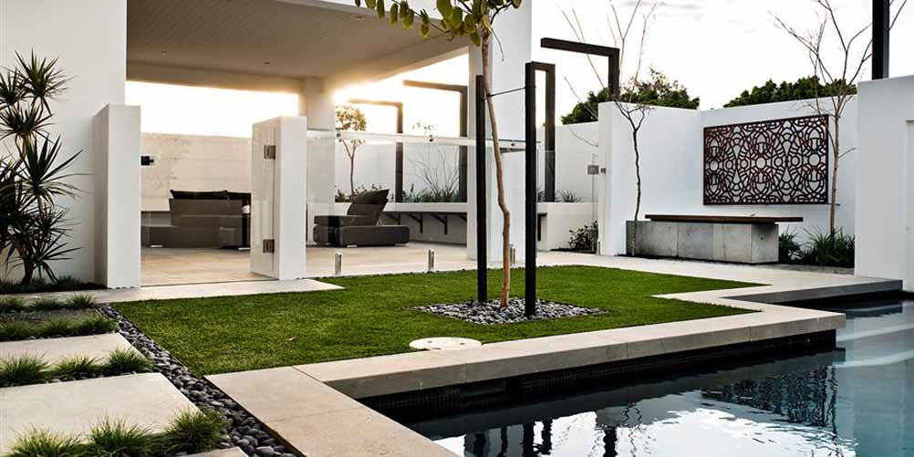 Glass pool fencing 3