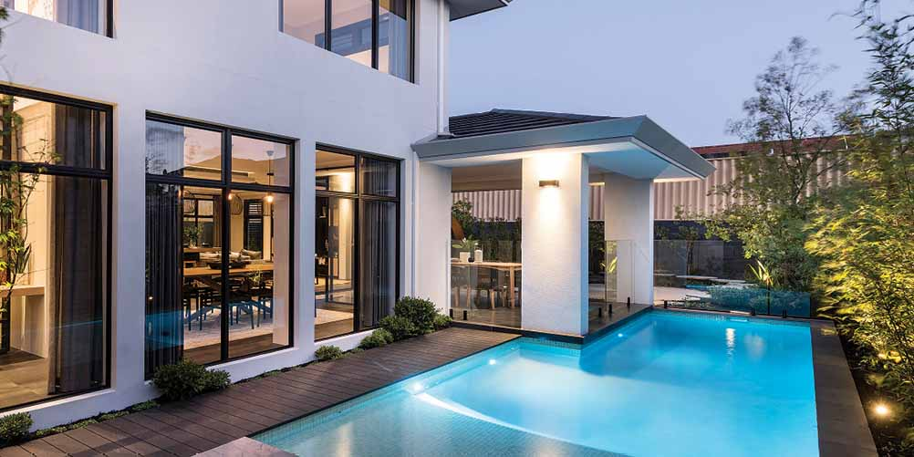 Glass pool fencing 4